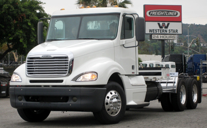 The hydrogen fuel-cell Tyrano big rig from Vision Industries