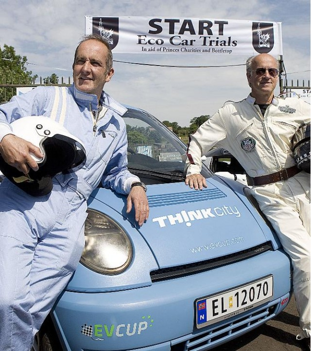 The Think City racer, with Kevin McCloud (left) and Roger Saul (right)