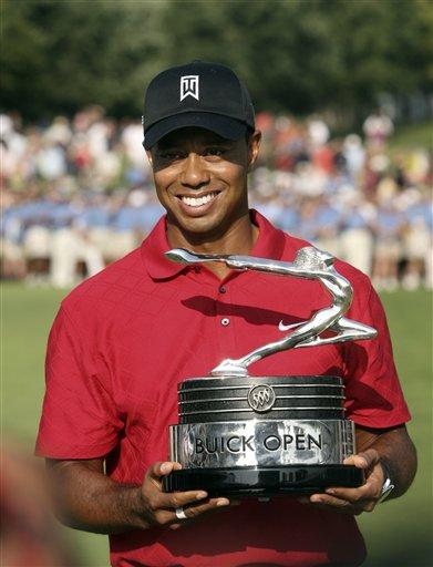 Tiger Woods at the Buick Open, August 2009 (AP Photo/Carlos Osorio)