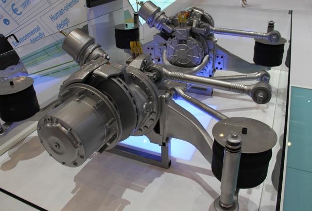 Electric drive powertrain at 2011 Geneva Motor Show, photo by Robert Llewellyn