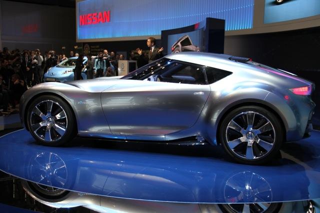 Nissan ESFlow at 2011 Geneva Motor Show, photo by Robert Llewellyn