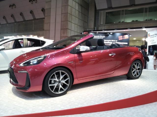 Toyota Aqua Air Concept (Prius C) at 2013 Tokyo Motor Show