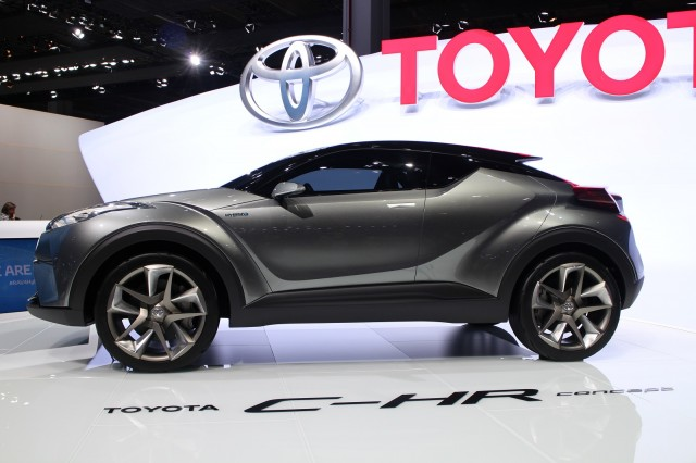 Toyota C-HR Small SUV To Offer Hybrid; Production Debut At ...