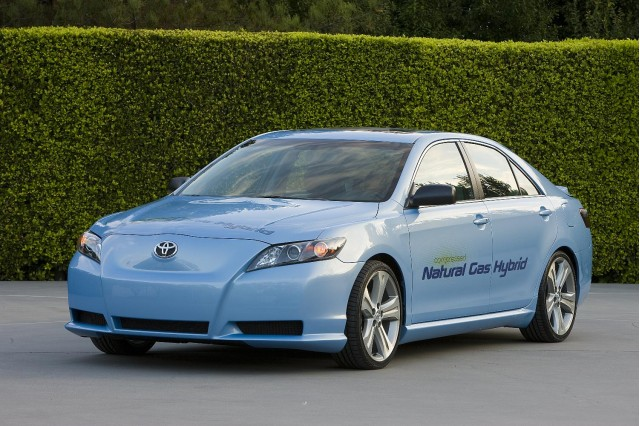 Toyota Camry Hybrid Cng Concept Car Shown At 2008 Los Angeles Auto Show