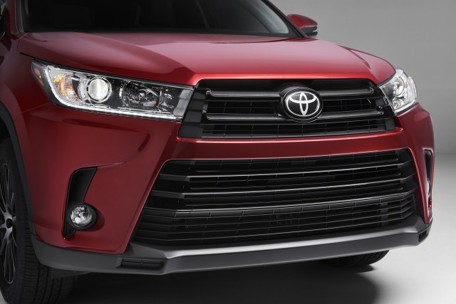 2017 Toyota Highlander Hybrid To Be Offered In Four Trim Levels