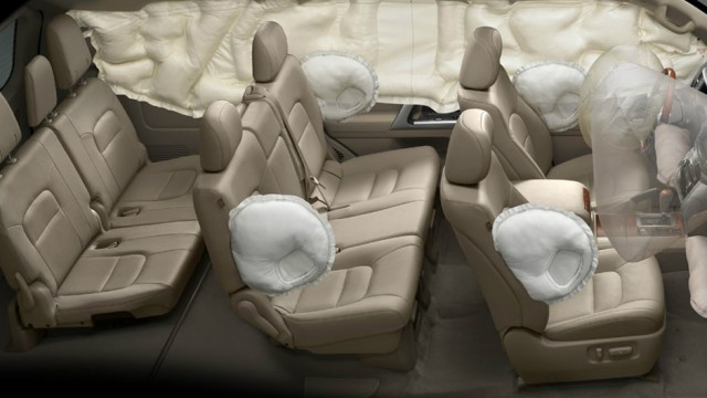 Toyota Land Cruiser showing off airbags