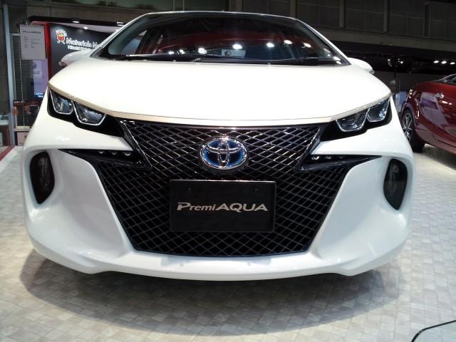 Toyota Premiaqua Concept Prius C At 2017 Tokyo Motor Show