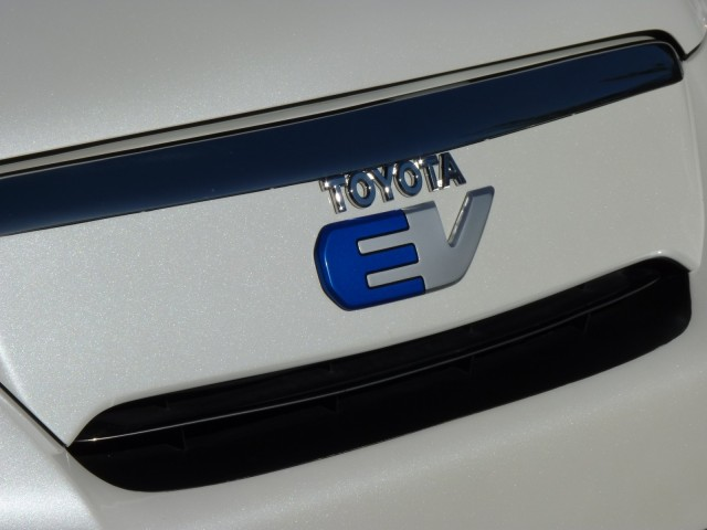 Toyota, Mazda and Denso in EV drive