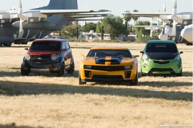 transformers movie cars chicago auto show 007