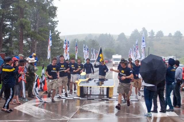 "University of Michigan solar car ""Aurum"" wins 2016 American Solar Challenge"