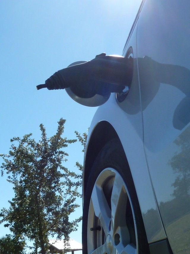 Chevy Volt Charging Cord Cut: Angry Neighbor, Electric-Car ...
