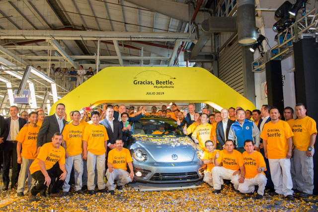 Final Volkswagen Beetle at Puebla, Mexico, assembly plant