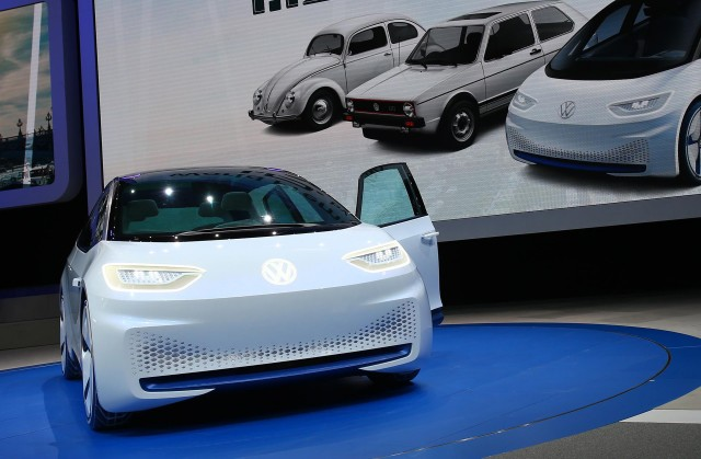 World's 3rd largest battery firm may ally with VW for electric cars in China