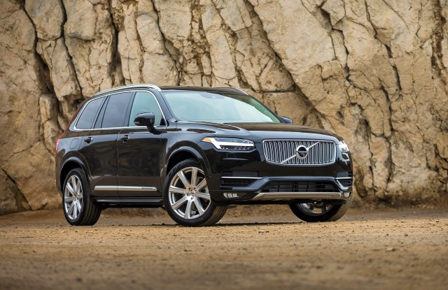 2017 volvo xc90 vs  2017 bmw x5  compare cars