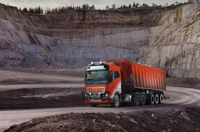 Self-driving Volvo trucks to transport stone from Norwegian rock quarry