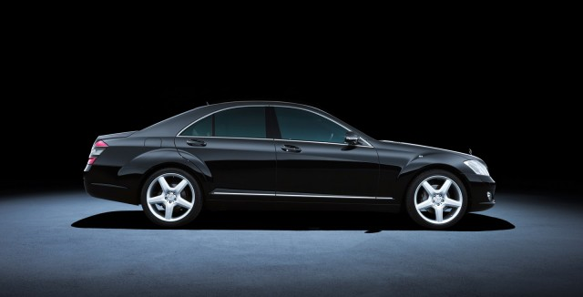 W221 Mercedes-Benz S Class (2005 to 2013)