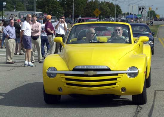 Wagoner drives Chevy SSR