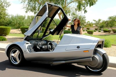 XR3 Motors 3 Wheel Trike Delivers 225 mpg, May Go Into ...