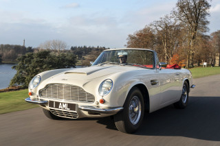 Classic Aston Martin features plug-and-play electric power