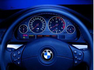 2000 BMW M5 dash