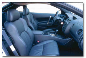 2000 Mitsubishi Eclipse interior