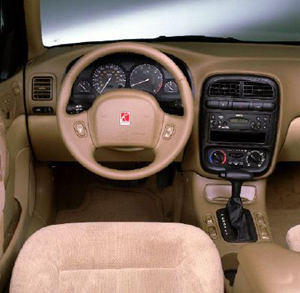 2000 Saturn L Sedan interior