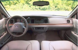 2001 Ford Crown Victoria Interior