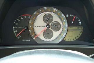 2001 Lexus IS 300 gauges