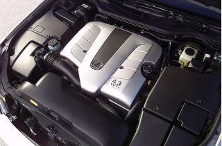 2001 Lexus LS 430 engine