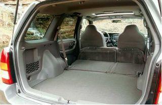 2001 Mazda Tribute cargo