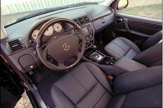 2001 Mercedes-Benz ML55 interior