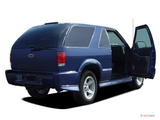 2005 Chevrolet Blazer 2-door Open Doors
