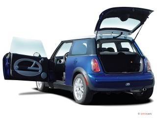 2006 MINI Cooper Hardtop 2-door Coupe Open Doors