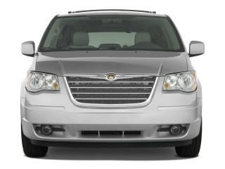 2008 Chrysler Town & Country Photo