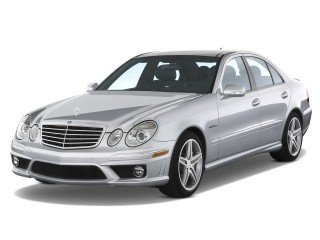 2008 Mercedes-Benz E Class 4-door Wagon 6.3L AMG RWD Angular Front Exterior View