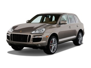 2010 Porsche Cayenne AWD 4-door Turbo Angular Front Exterior View