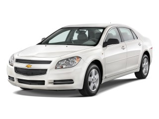 2011 Chevrolet Malibu 4-door Sedan LS w/1LS Angular Front Exterior View