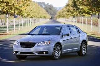 2013 Chrysler 200 Photo