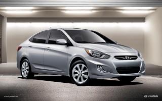 2013 Hyundai Accent Photo