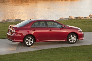 2013 Toyota Corolla Review Ratings Specs Prices And Photos The