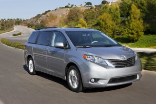 2013 Toyota Sienna Photo