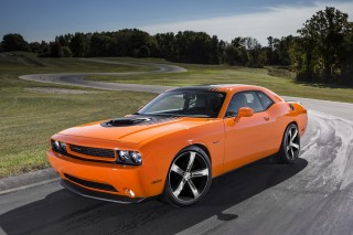 2014 Dodge Challenger R/T Shaker