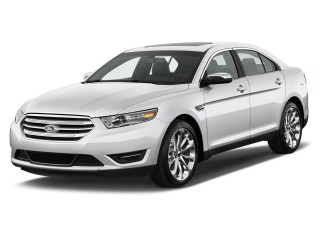 2015 Ford Taurus 4-door Sedan Limited FWD Angular Front Exterior View