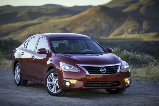 2017 Nissan Altima Review Ratings Specs Prices And Photos The Car Connection