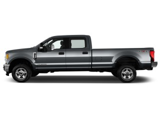 2017 Ford Super Duty F-250 SRW XLT 4WD Crew Cab 8' Box Side Exterior View