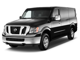 2017 Nissan NV Cargo NV3500 HD Standard Roof S V8 Angular Front Exterior View