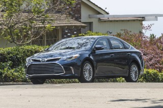 2017 Toyota Avalon Review Ratings Specs Prices And Photos The Car Connection