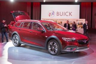 2018 Buick Regal TourX