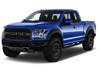 2018 Ford F-150 Raptor 4WD SuperCab 5.5' Box Angular Front Exterior View