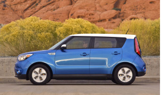 2018 Kia Soul Review, Ratings, Specs, Prices, and Photos - The Car